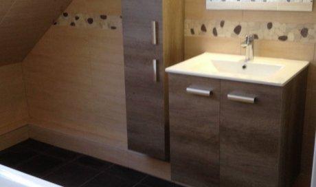 Rénovation de salle de bain à Strasbourg avec remplacement de baignoire et meuble vasque